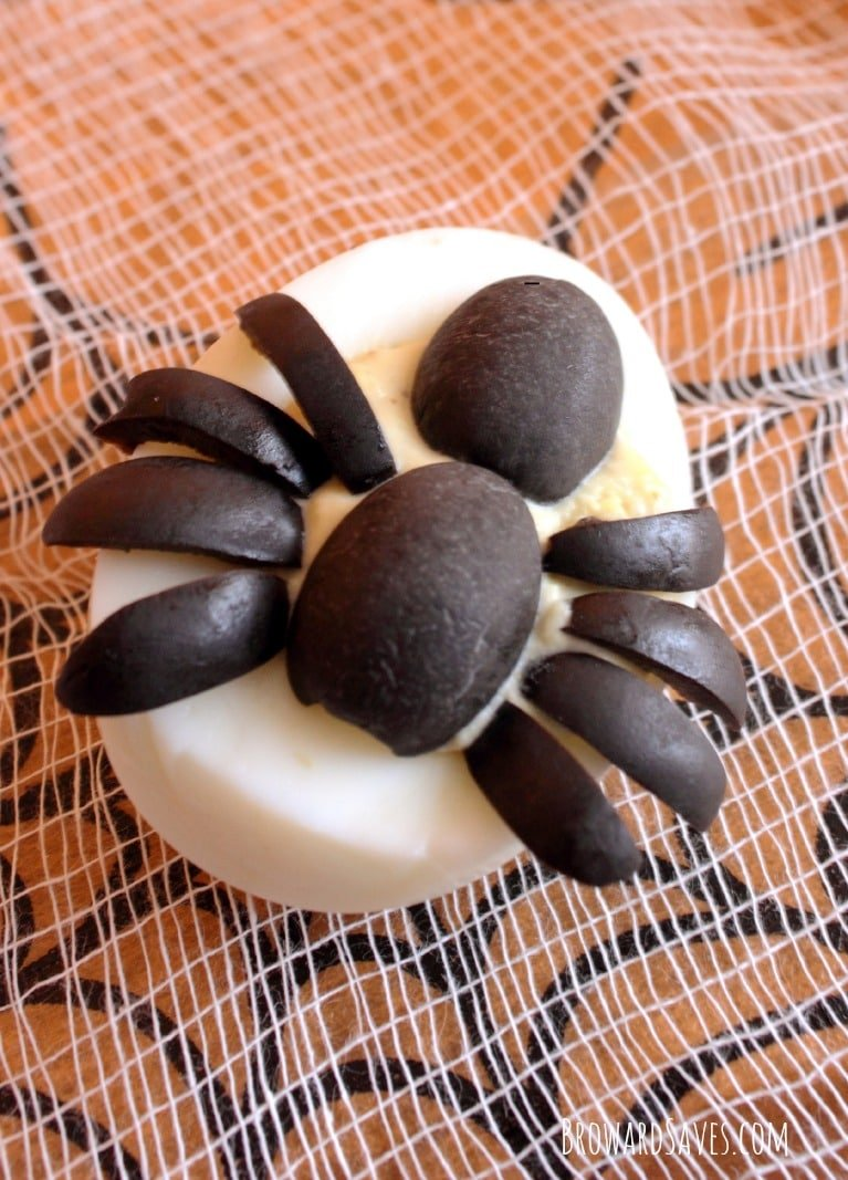 spider-deviled-egg-recipe