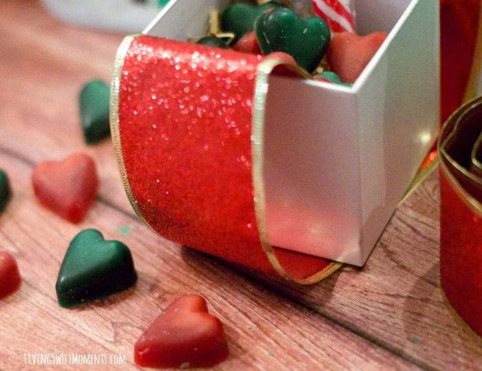 The cute DIY Wax Melts Hearts are the perfect gift for the holidays. Inexpensive, easy to make and will make your home smell delightful.
