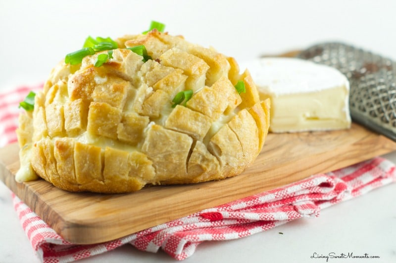 This delicious cheesy bacon Pull Apart Bread Recipe is so easy to make with oozy brie and smoked bacon. The perfect appetizer for the Superbowl. My favorite!