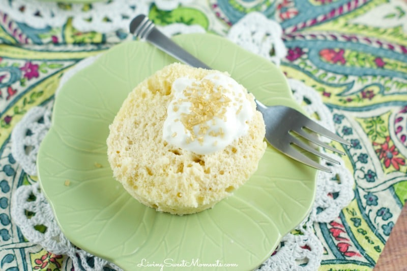 Baileys Irish Cream Mug Cake - moist, flavorful cake that's made in just 2 minutes. You can make it non-alcoholic using the Baileys Coffee Creamer. Perfect for a quick dessert.