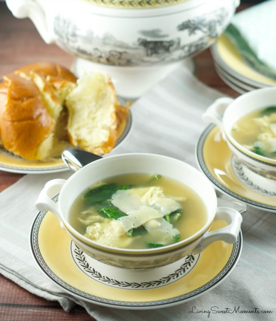 La Stracciatella Soup - Only 4 ingredients and ready in 10 minutes. This Italian Egg Drop Soup is delicious, filling and perfect for quick weeknight dinner.