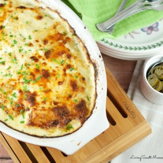 Potatoes Au Gratin with Creamy Jalapeno - This easy to make yet elegant side dish is the perfect potato recipe for any party or celebration. A Crowd pleaser