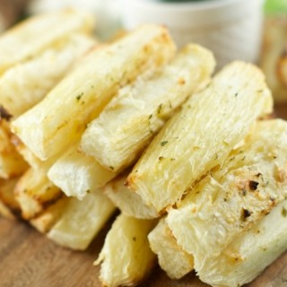 Grilled Yuca with Garlic Mojo Sauce