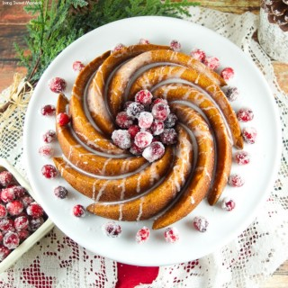 Gingerbread Bundt Cake With Vanilla Glaze