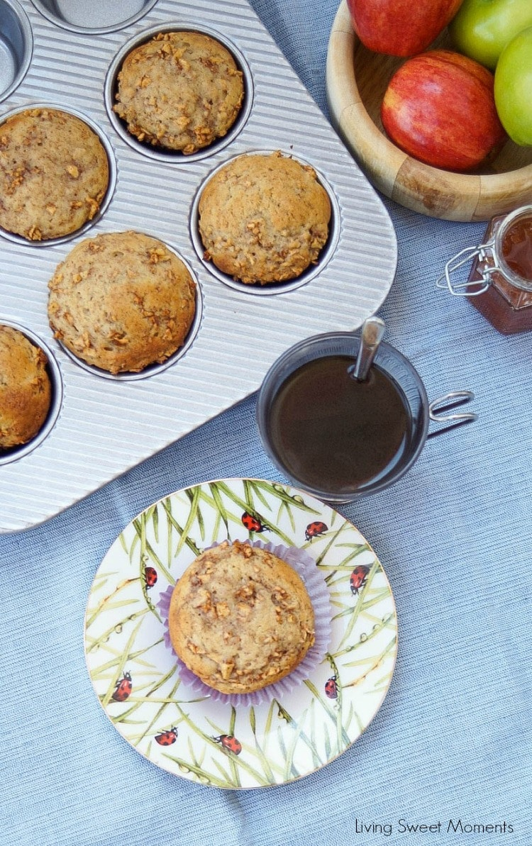 This moist spiced apple muffins recipe is super easy to make and delicious. The perfect breakfast or brunch idea for the fall. Enjoy with coffee on the side