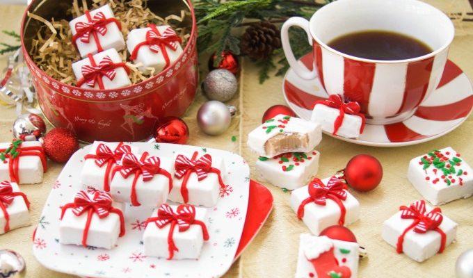Gingerbread Holiday Fudge + Keurig Giveaway!