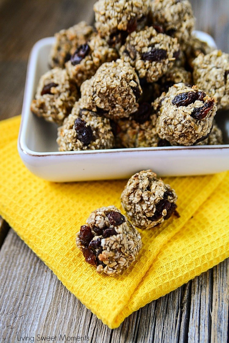 These delicious Raisin Banana Oatmeal Bites require only 4 ingredients and are made without any added sugar. The perfect healthy snack for kids and adults.