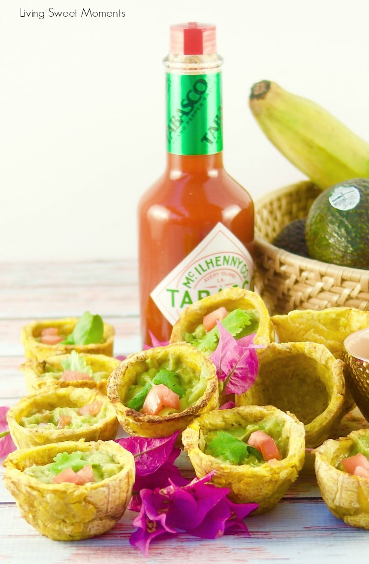 Give your parties a latin twist and enjoy crispy Plantain Cups filled with spicy guasacaca. Enjoy delicious appetizers with a venezuelan flair