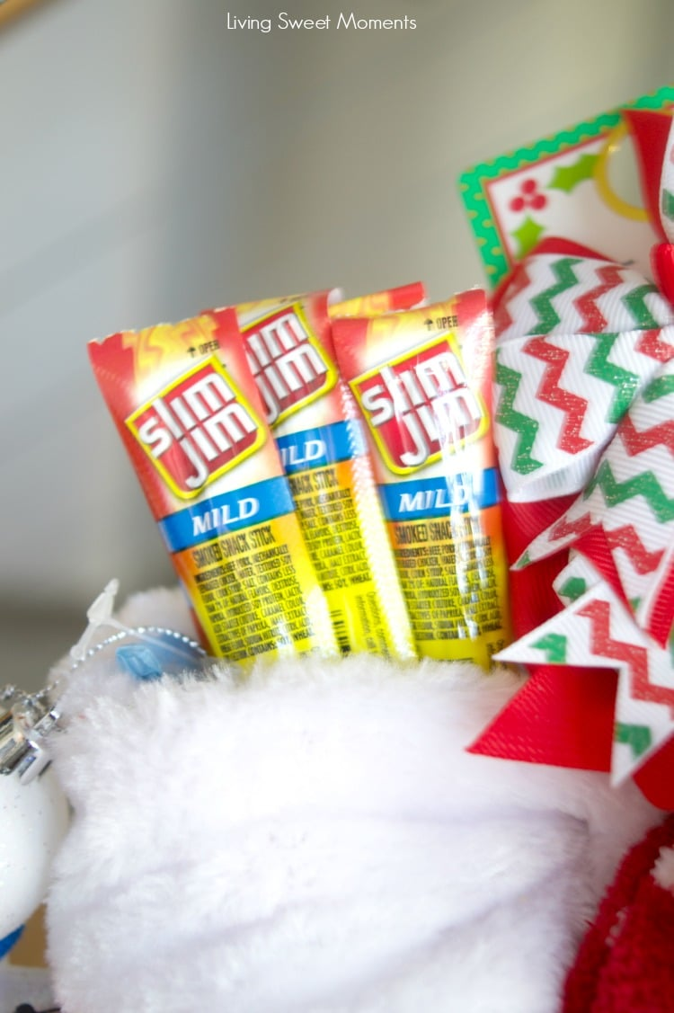 With the holidays rapidly coming up, here's a list of Stocking Stuffer Ideas For Kids with slim jim beef jerky