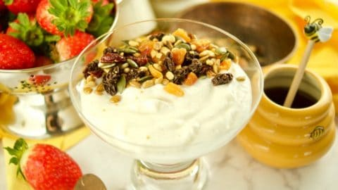 This super Easy Instant Pot Yogurt recipe requires only 1 step and 4 ingredients using the cold method