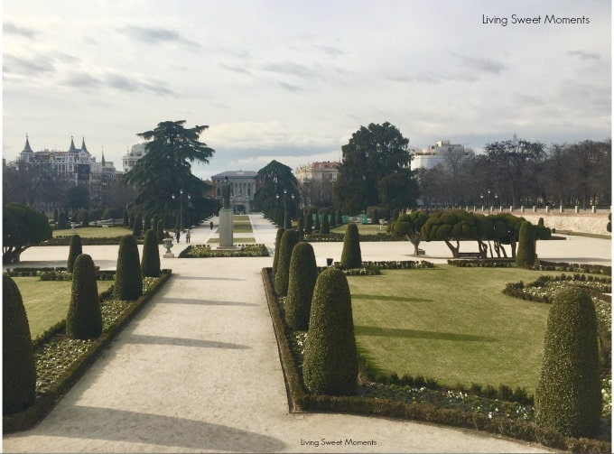 A Perfect Spain Itinerary - buen retiro park in madrid, a view near el Prado Museum