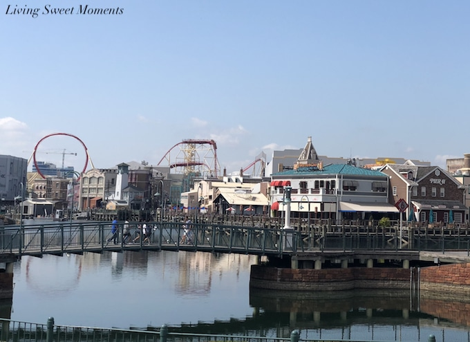 Here are some some tips to help you to visit Universal Studios on a Budget. With a little bit of planning you can spend less and enjoy a great vacation
