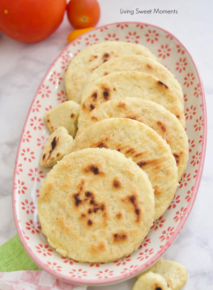 Got any leftover rice? These delicious gluten free crispy rice arepas and are made to be stuffed with your favorite fillings. Ideal for breakfast & dinner.